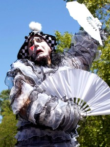 Pierrot at the California State Fair 2016, 17 days and 12 characters, Stephen Hues with Stilt Circus, photo by Felita.