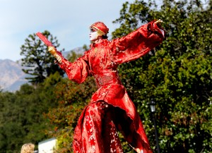 Huntington Botanical Gardens with Stilt Circus 2013, Costume by Stephen Hues.